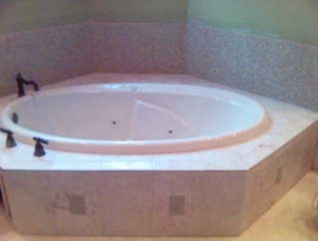 ceramic tile tub surround, Germantown, TN